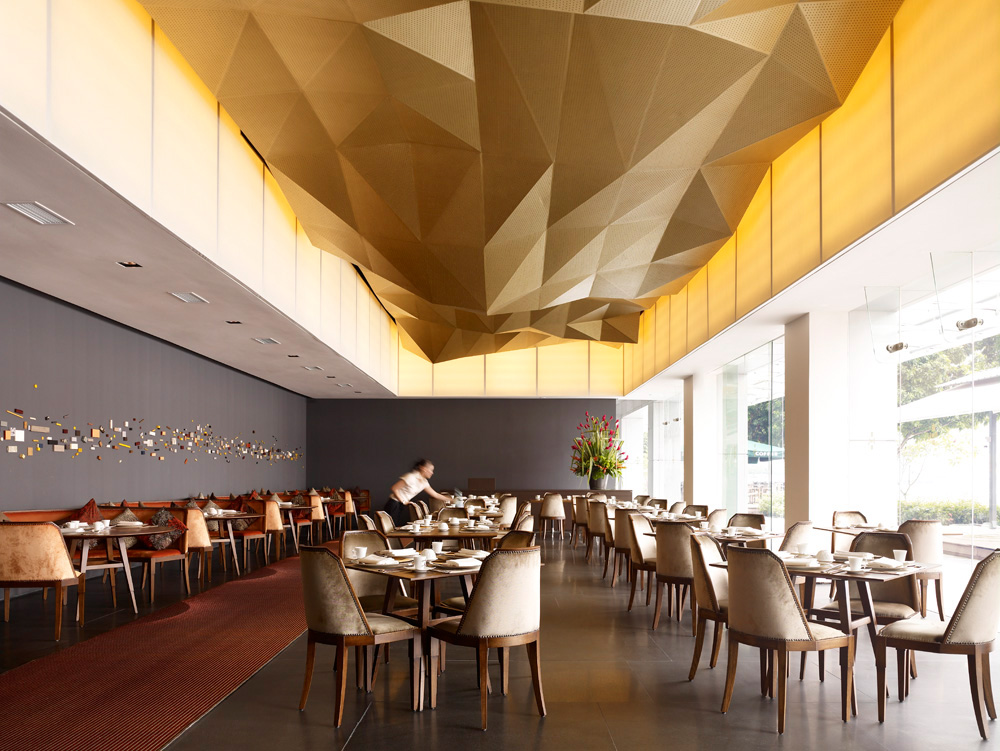 Metallic paint in restaurant interiors